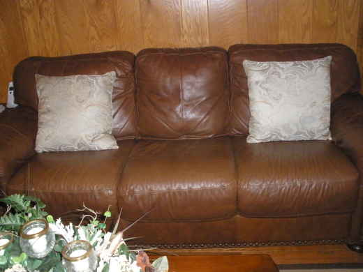 Forum post market leather living room suit for Leather living room suit